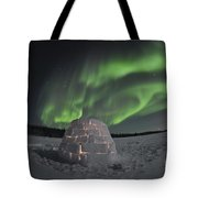 Aurora Borealis Over An Igloo On Walsh Tote Bag