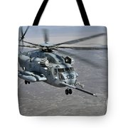 A Ch-53e Super Stallion Approaches Tote Bag