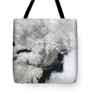 A Severe Winter Storm Tote Bag
