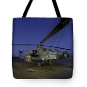A U.s. Army Ah-64d Apache Helicopter Tote Bag