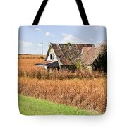 Abandoned Farmhouse In Field 4 Tote Bag