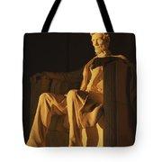 Abraham Lincoln Statue In Lincoln Tote Bag