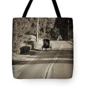 Amish Buggy - Lancaster County Pa Tote Bag