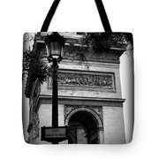 Arc De Triomphe - Black And White Tote Bag