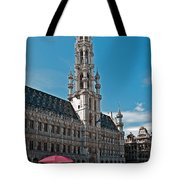 Art Reflecting Art In Brussels Tote Bag