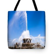 Buckingham Fountain In Chicago Tote Bag