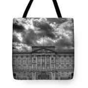 Buckingham Palace Bw Tote Bag