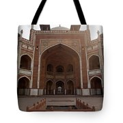 Central Cross Section Of Humayun Tomb In Delhi Tote Bag