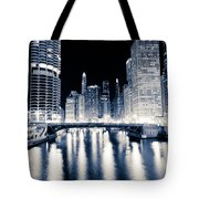 Chicago At Night At Dearborn Street Bridge Tote Bag