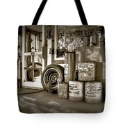 Country Dream'n In Maine Tote Bag