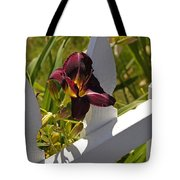 Day Lily And White Fence II Tote Bag