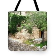 Do-00486 Old House From Citadel Tote Bag
