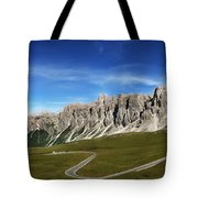 Dolomiti's Panoramic Tote Bag
