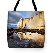 Etretat Haute-normandie Tote Bag