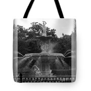 Forsyth Park Fountain - Black And White Tote Bag