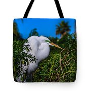 Great Egret In A Tree Tote Bag
