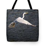 Great White Egret Flight Series - 10 Tote Bag