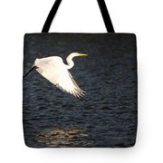 Great White Egret Flight Series - 11 Tote Bag