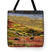 Grizzly Bears And Fall Colours, Denali Tote Bag
