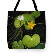 Heart-shaped Water Lily Tote Bag
