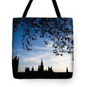 Houses Of Parliament Silhouette Tote Bag