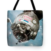 Iss Expedition 11 Crew Arriving Tote Bag