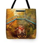 Lake Winnipesaukee New Hampshire Railroad Train In Autumn Foliage Tote Bag