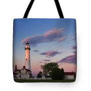 Last Light Of Day At Wind Point Lighthouse - D001125 Tote Bag