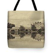 Leeds Castle Nostalgic Tote Bag