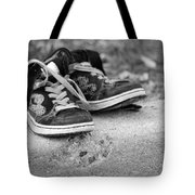 Left On The Curb Bw Tote Bag