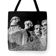 Men Working On Mt. Rushmore Tote Bag