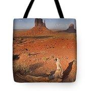 Monument Valley, Kayenta, Arizona, Usa Tote Bag