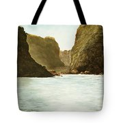 Morning Light On The Pacific Tote Bag