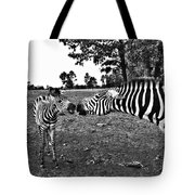 Mother And Child-black And White Tote Bag