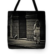 Moving On... Tote Bag