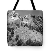 Mt. Rushmore Full View In Black And White Tote Bag