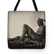 Native American Statue - Eakins Oval Philadelphia Tote Bag
