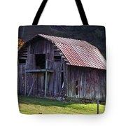 Old Barn In Etowah Tote Bag