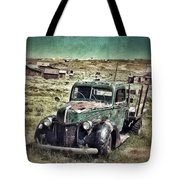 Old Rusty Truck Tote Bag