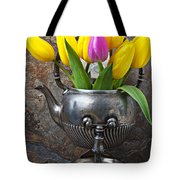 Old Tea Pot And Tulips Tote Bag by Garry Gay