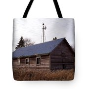 Old Time Barn From Days Gone By Tote Bag