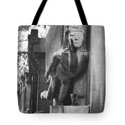 Oscar Wilde Monument Tote Bag