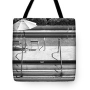Peaceful Oasis Bw Palm Springs Tote Bag