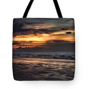 Photographing Sunsets Tote Bag