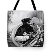 Playing To The Crowd - Bw Tote Bag