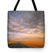 Road Into Sunset Tote Bag
