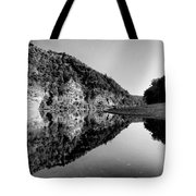 Round The Bend Buffalo River In Black And White Tote Bag