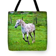 Running It Off Tote Bag