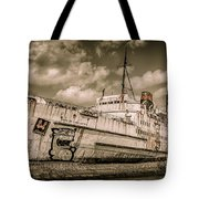 Rusty Duke Tote Bag