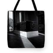 Saint Louis Soldiers Memorial Black And White Tote Bag